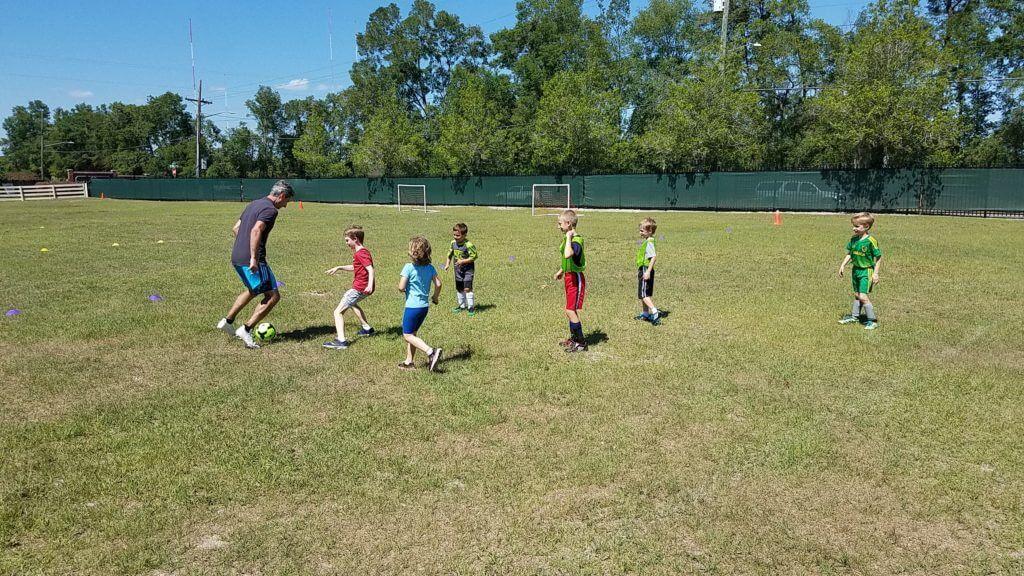 coach marten plays against 6 students